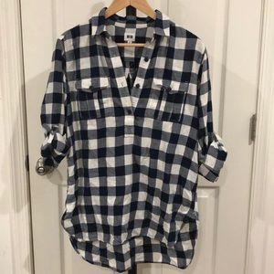 Uniqlo Blue Plaid Half Button Shirt